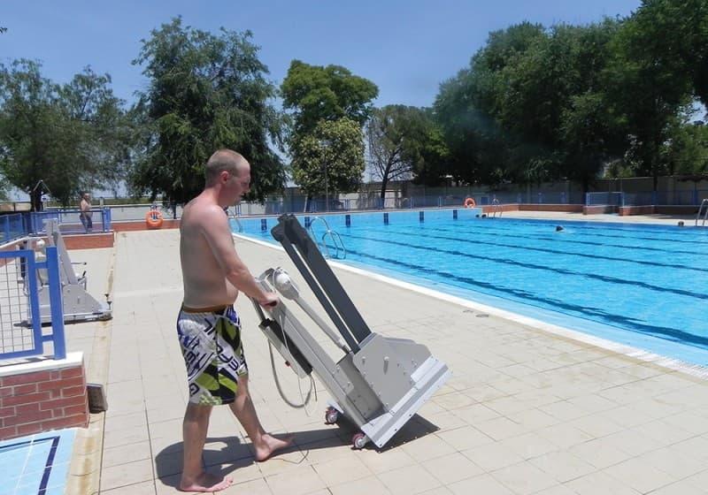 Elevador de piscina Poseidon B600 Simotec Alicante