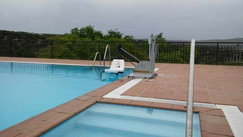 Elevador de piscina Poseidon B600 Simotec Valencia