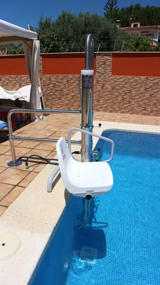 Elevador salvaescaleras piscina Simotec Poseidon 4 Valencia