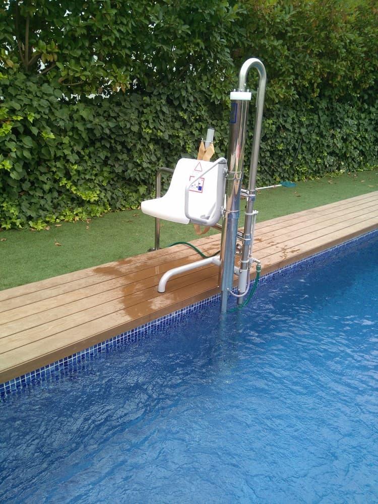 Elevador salvaescaleras piscina Simotec Poseidon 5 Castellon
